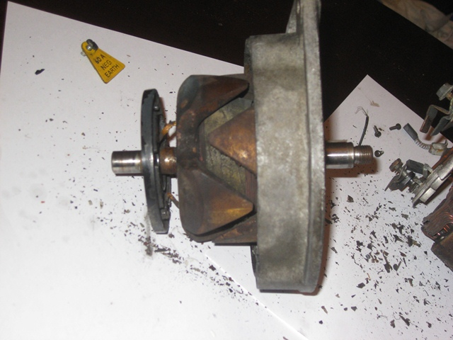 The slip ring plate needed to be replaced but first needed the field wire connections un-soldered