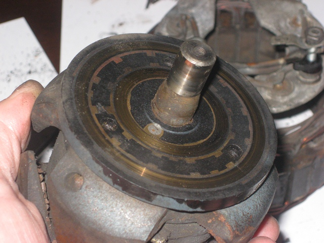 Grooves had started to form in the commutator where the brushes make contact