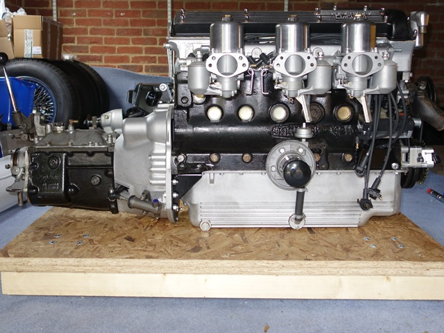 A major milestone reached - a completed transmission unit ready to fit. I hope it starts!!